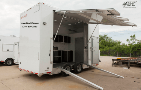 Refrigerated food vending trailers